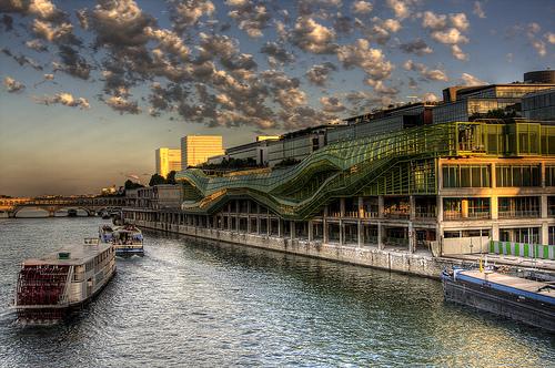 Les docks, Cité de la Mode et du Design