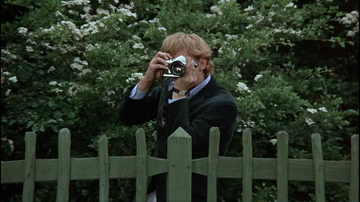 "Screenshot from ""Blow-Up"", Michelangelo Antonioni, 1966"
