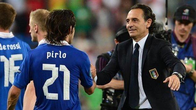 Pirlo et Prandelli